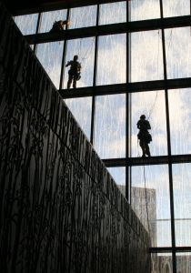 window-cleaners-2-670979-m