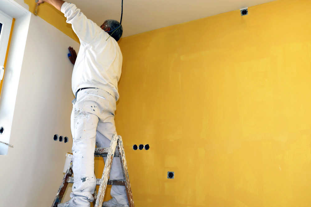 Dale una vuelta a tu casa y reestrénala con una buena mano de pintura